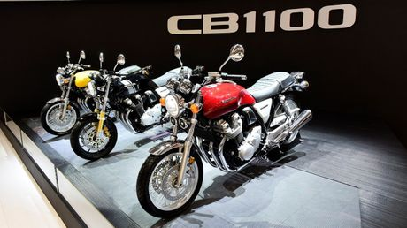 Honda CB1100 RS 2017 - Mo to dam chat co dien moi - Anh 1