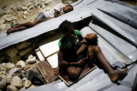 Xot xa canh ngo nguoi dan Haiti sau sieu bao Matthew - Anh 3