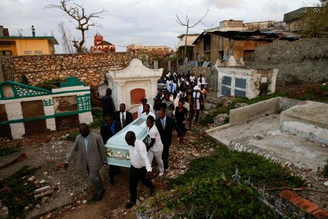 Xot xa canh ngo nguoi dan Haiti sau sieu bao Matthew - Anh 5
