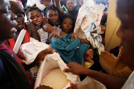 Xot xa canh ngo nguoi dan Haiti sau sieu bao Matthew - Anh 9