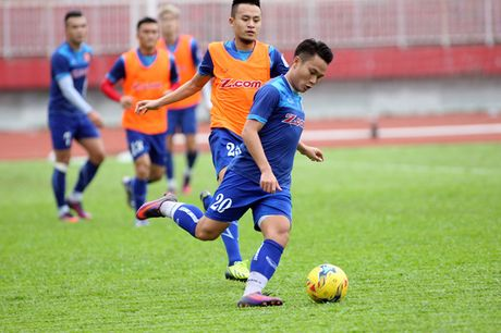 Nguyen nhan 'Ronaldo Viet' chua da tran nao cho tuyen Viet Nam - Anh 1
