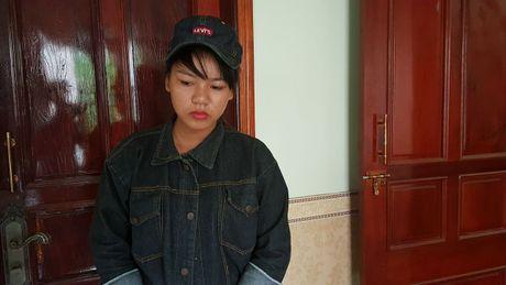 """Vu nu sinh cap 2 """"xu"""" ban bang bao luc: An han va khep minh - Anh 3"""