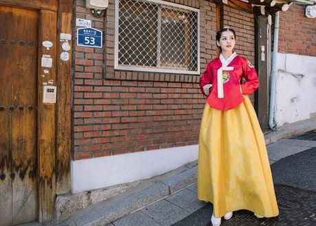 Chi Pu dien hanbok qua xinh dep so voi cac co gai Han Quoc - Anh 3