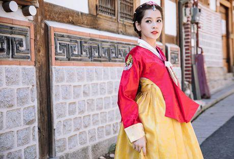 Chi Pu dien hanbok qua xinh dep so voi cac co gai Han Quoc - Anh 6