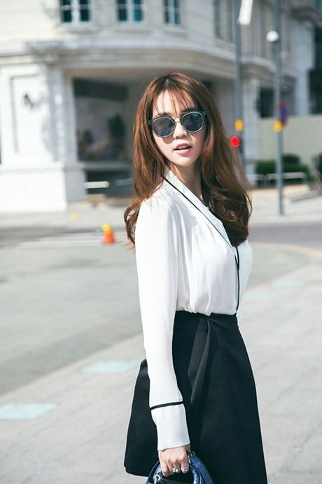 Ngoc Trinh hao huc tham du chung ket Hoa hau Han Quoc 2016 - Anh 1
