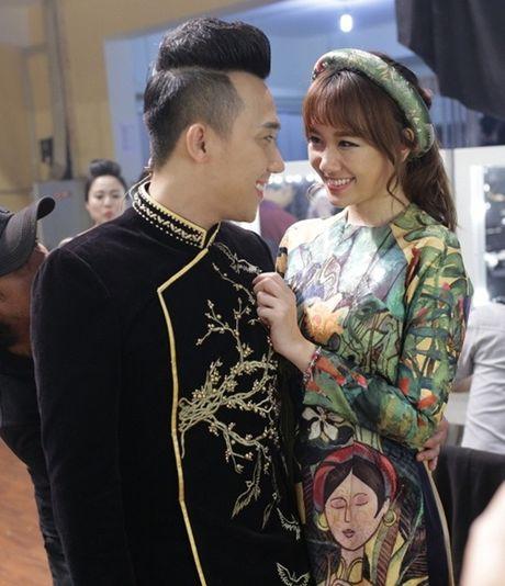 Dinh tin don di dat tiec cuoi, Tran Thanh - Hari Won mot muc im lang - Anh 2