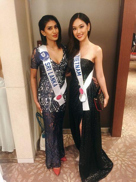 Phuong Linh tu tin do sac ben dan thi sinh Hoa hau Quoc te 2016 - Anh 16