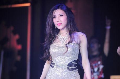 Chuyen bay gio moi ke ve gia dinh danh gia cua Trang Phap - Anh 2