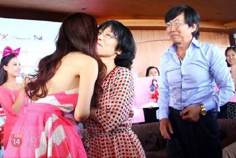 Chuyen bay gio moi ke ve gia dinh danh gia cua Trang Phap - Anh 4
