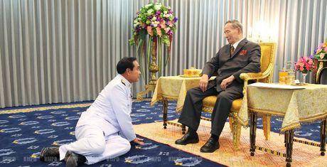 Vua Thai Lan - Vi quan vuong co quyen nang ky la - Anh 1