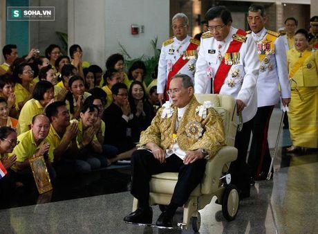 Vua Thai Lan - Vi quan vuong co quyen nang ky la - Anh 3