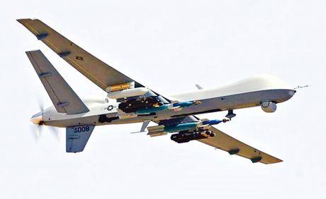Quyen luc UAV (K1): Tu than va Ke san moi - Anh 1