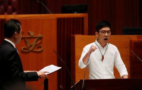Nhieu tan nghi si Hong Kong len tieng ha nhuc chinh sach Mot Trung Hoa - Anh 2