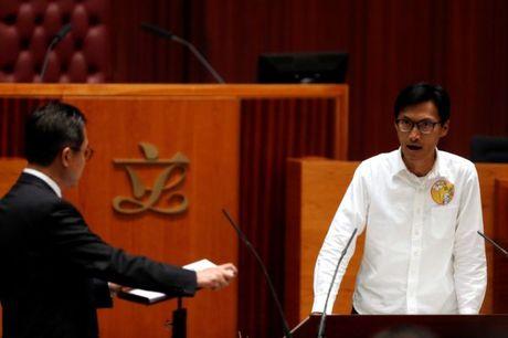 Nhieu tan nghi si Hong Kong len tieng ha nhuc chinh sach Mot Trung Hoa - Anh 3