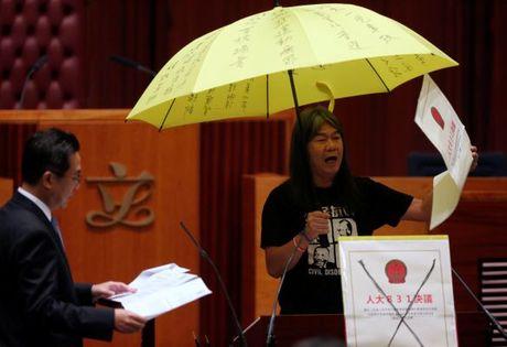 Nhieu tan nghi si Hong Kong len tieng ha nhuc chinh sach Mot Trung Hoa - Anh 4