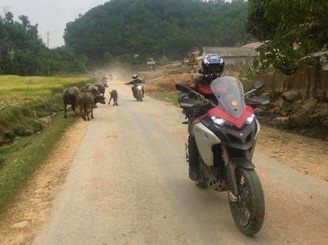 1.500km xuyen Viet trai nghiem Ducati Multistrada 1200 Enduro - Anh 3