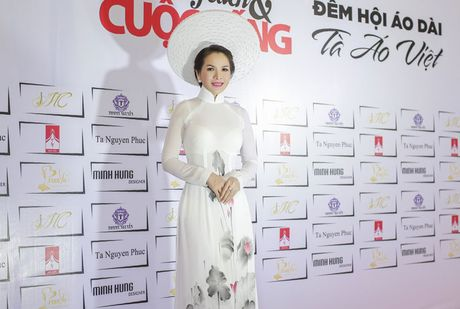 Hoa hau Thanh Thuy khien 'dan em' phat hon vi vong eo hoan hao - Anh 9
