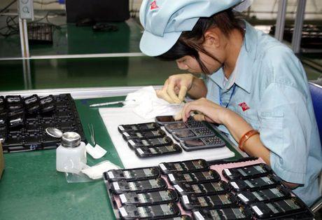 Thai Lan chi gan 500 trieu USD mua dien thoai tu Viet Nam - Anh 1