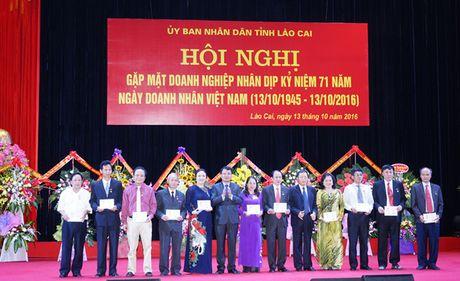 Lao Cai: 3 dong hanh, 5 ho tro de doanh nghiep phat trien - Anh 1