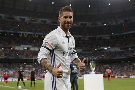 Soc: Chu tich Perez muon ban Sergio Ramos - Anh 1