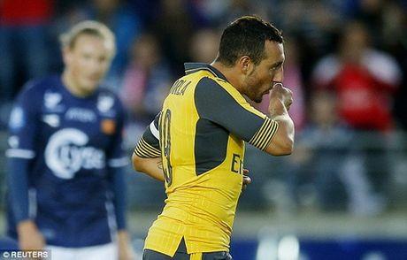 Nhiem vu so 1 cua Arsenal: Giu chan Cazorla - Anh 2