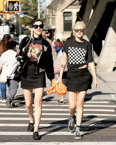 Chia tay nu tro ly, Kristen Stewart hen ho ban gai cu cua Cara Delevingne - Anh 1