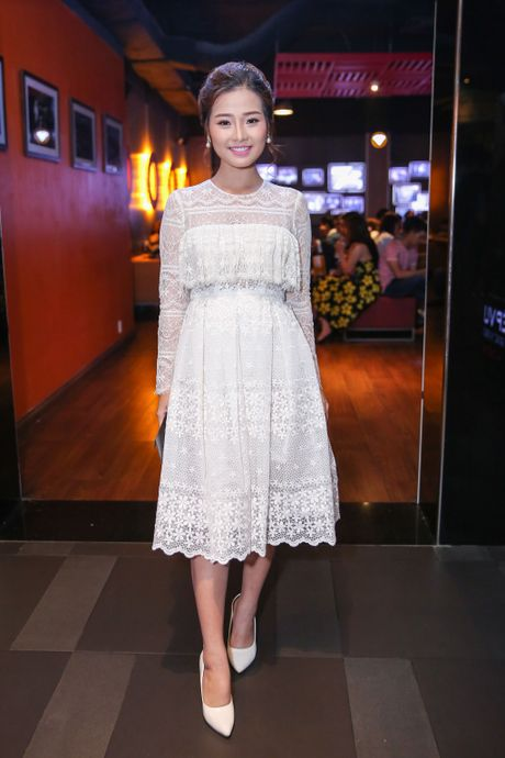 Milan Pham di xem phim mot minh sau nghi van yeu Tien Dat - Anh 6