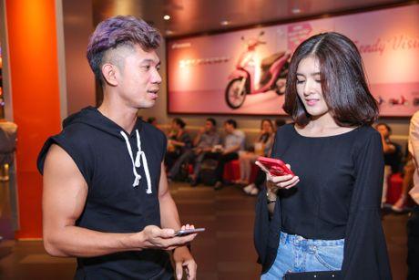 Milan Pham di xem phim mot minh sau nghi van yeu Tien Dat - Anh 8