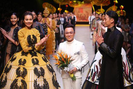'Nam lun' Fung La duoc chon mo man show dien cua NTK Nguyen Cong Tri - Anh 1