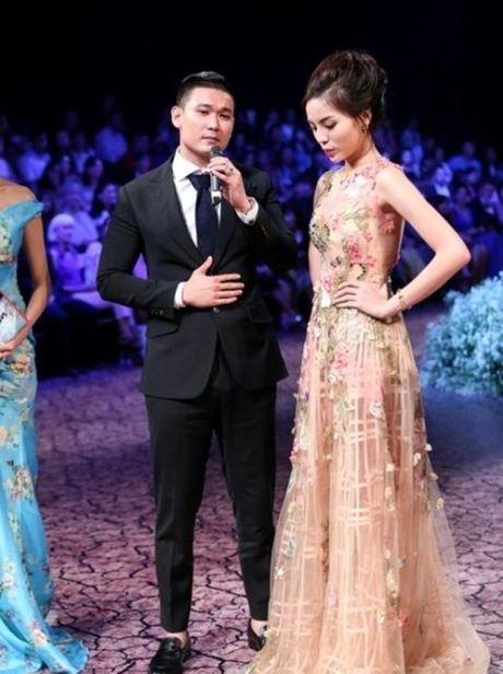 Ky Duyen tan dung scandal, tich cuc lan san san Catwalk - Anh 6