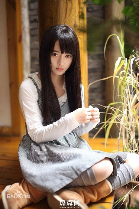 My nu thay the Angelababy trong show thuc te an khach la ai? - Anh 16