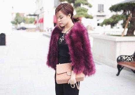 1 goc tu do hieu cua Hoang Thuy Linh cung lam fan soc - Anh 9