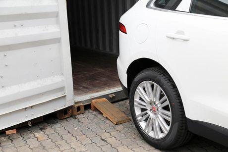 SUV hang sang F-Pace dau tien cua Jaguar 'cap ben' VN - Anh 4