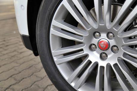 SUV hang sang F-Pace dau tien cua Jaguar 'cap ben' VN - Anh 6