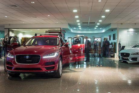 SUV hang sang F-Pace dau tien cua Jaguar 'cap ben' VN - Anh 8