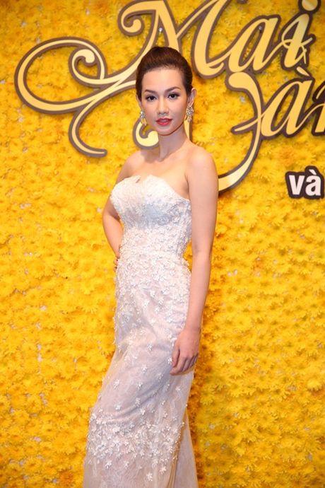 "Kim Tuyen, Quynh Chi do nhan sac ""gai mot con trong mon con mat"" - Anh 3"