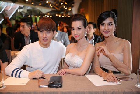 "Kim Tuyen, Quynh Chi do nhan sac ""gai mot con trong mon con mat"" - Anh 5"