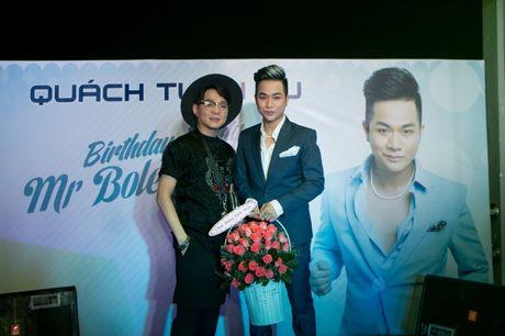 Dan sao Viet xung xinh trong tiec sinh nhat Quach Tuan Du - Anh 2