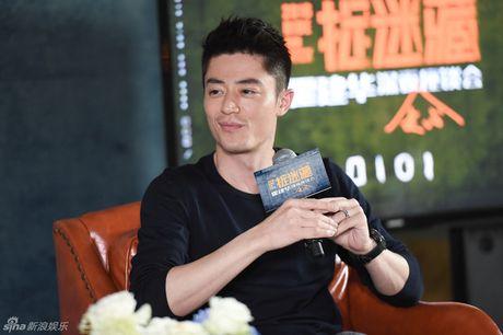 """Ong xa Lam Tam Nhu """"do khoc do cuoi"""" vi bi fan tuong la """"hang gia"""" - Anh 1"""