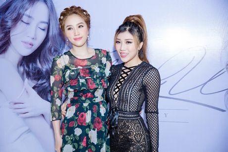Theo chan Bao Thy vao xu so than tien trong MV moi - Anh 4