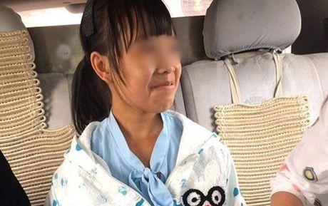 Vu 'Be gai 12 tuoi mang bau o Trung Quoc': CA Ha Giang dang xac minh - Anh 1