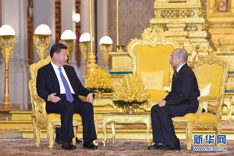 Vi sao Trung Quoc 'tan tinh' Campuchia? - Anh 1