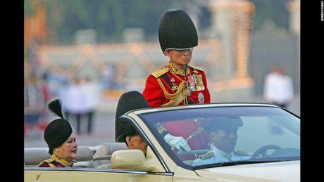 Cuoc doi co Quoc vuong Thai Lan Bhumibol Adulyadej qua anh - Anh 12