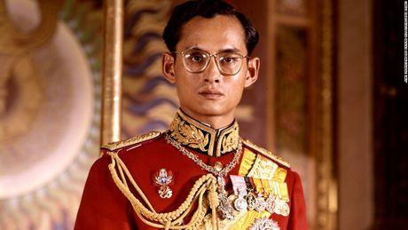 Cuoc doi co Quoc vuong Thai Lan Bhumibol Adulyadej qua anh - Anh 2