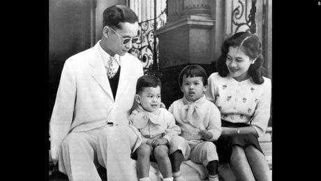 Cuoc doi co Quoc vuong Thai Lan Bhumibol Adulyadej qua anh - Anh 5