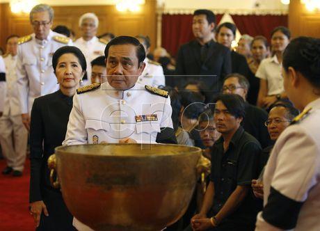 Thai Lan cu hanh le don linh cuu Quoc vuong Bhumibol Adulyadej - Anh 11