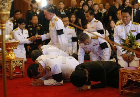 Thai Lan cu hanh le don linh cuu Quoc vuong Bhumibol Adulyadej - Anh 12