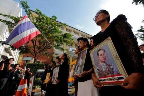 Thai Lan cu hanh le don linh cuu Quoc vuong Bhumibol Adulyadej - Anh 6