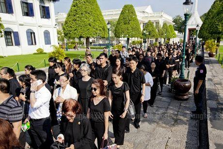 Thai Lan cu hanh le don linh cuu Quoc vuong Bhumibol Adulyadej - Anh 8