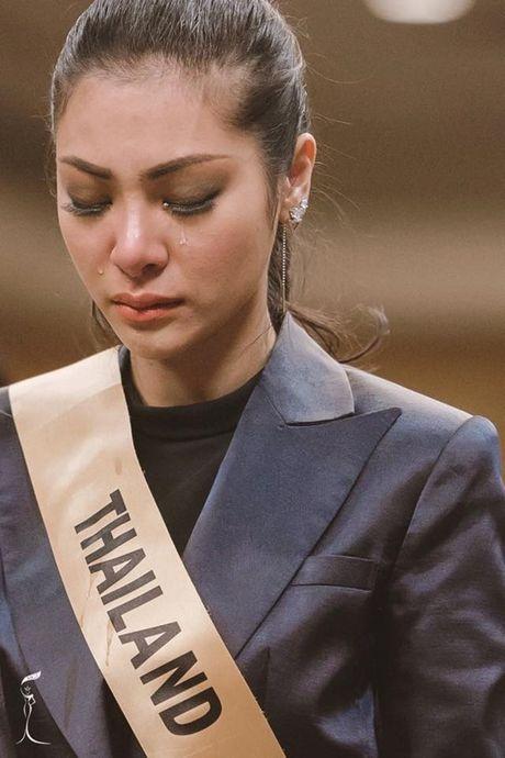Thi sinh Miss Grand International vay quanh an ui Hoa hau Thai Lan - Anh 3